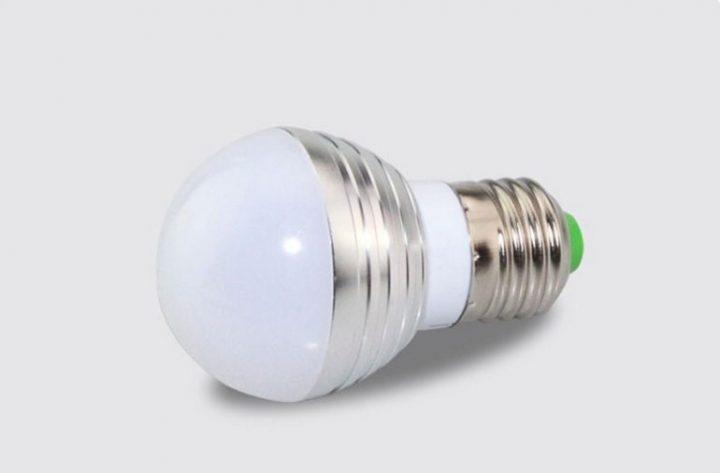 Led лампа с пультом управления